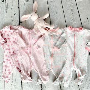 Girls Baby Bodysuits Lot (Babies 0-3M)
